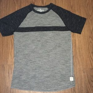 American Eagle Outfitters Tee Size Small